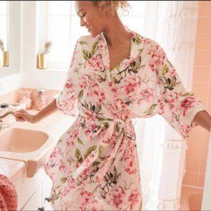 Show Me Your MuMu Brie Floral Robe Kimono